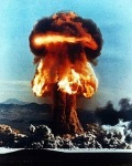 Nuclear weapon - ICJ could find no lawful threat or use